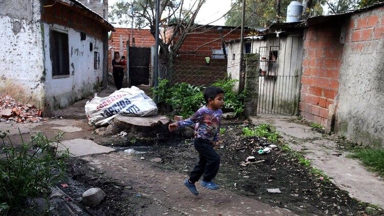 Una villa ubicada en el partido de Quilmes (Foto: Reuters)