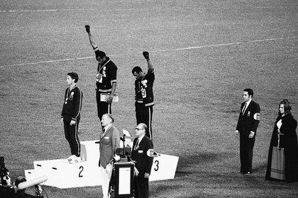 Tommie Smith y John Carlos en los Juegos Olímpicos de México, en 1968