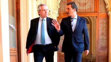 Alberto Fernández y Sergio Massa, dos de los responsables de motorizar, desde el Poder Ejecutivo y el Legislativo, la modificación de las jubilaciones de privilegio