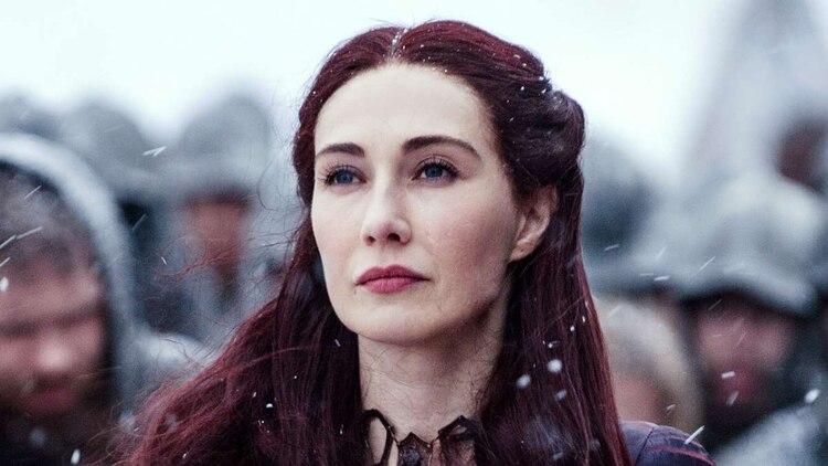 """Melisandre aseguró a Arya que cerraría unos """"ojos azules"""" para siempre, pero también le contó que cerraría """"ojos verdes"""" (Foto: HBO)"""
