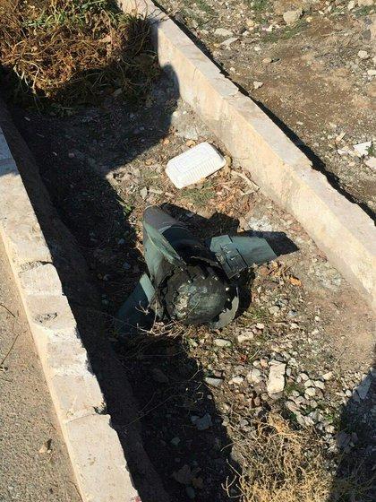 Los fragmentos de un misil Tor M1 de fabricación rusa. La imagen circuló por las redes sociales y se desconoce si es original. Uno similar al de la fotografía habría impactado contra el vuelo 752 de Ukraine International Airlines (Twitter)