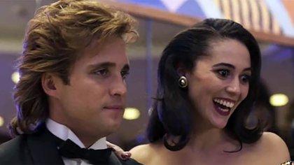 El cantante tuvo una hija con Stephanie Salas. Al principio no la reconoció
