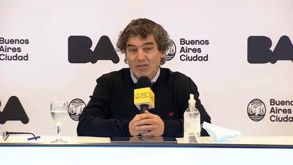 Fernán Quirós, ministro de Salud porteño