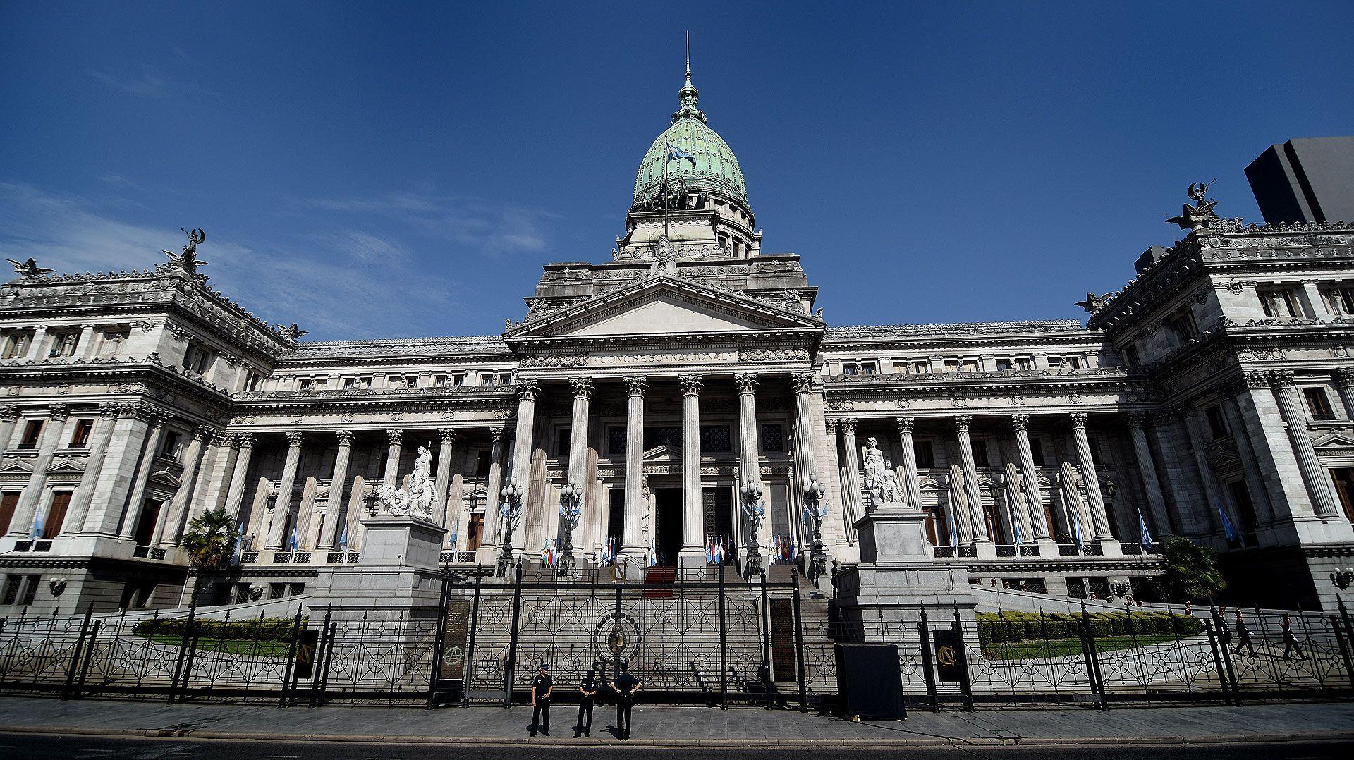 El Congreso de la Nación renueva diputados y senadores (Nicolás Stulberg)