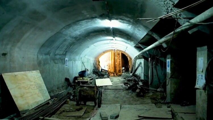 La obra contempla más accesos, más túneles y andenes más anchos