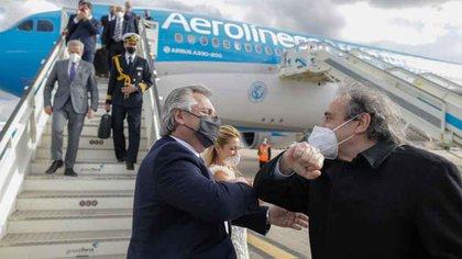 Alberto Fernández llega a Madrid para recibir al embajador argentino en España Ricardo Alphonse