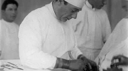 Enrique Finochietto, genial cirujano que inventó innumerable instrumental que se utiliza hasta el día de hoy.