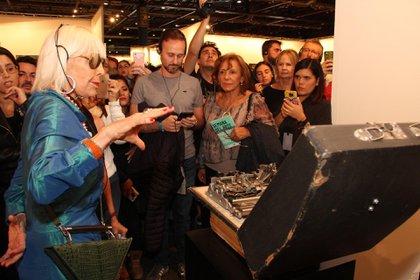 La visita guiada con Marta Minujín fue uno de los momentos más memorables (Gentileza arteBA)