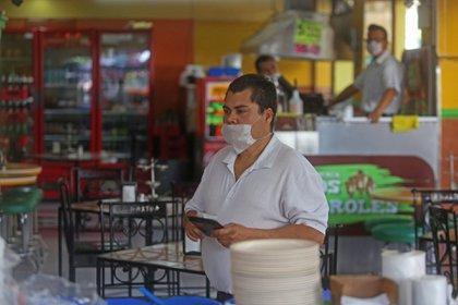 Edomex reforzará medidas contra el COVID-19: estos negocios modificarán sus horarios (Foto: Fernando Carranza García / Cuartoscuro)
