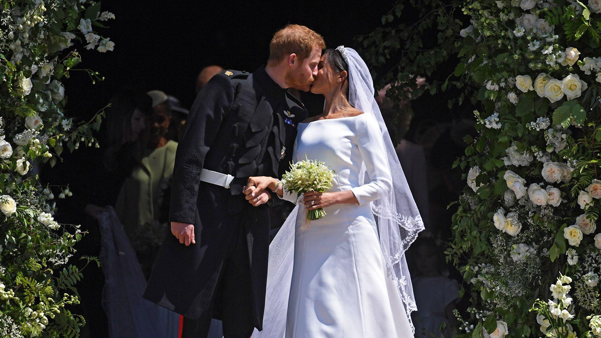 El vestido de novia de Meghan Markle recibió buenas críticas por su sencillez (Foto: EFE)
