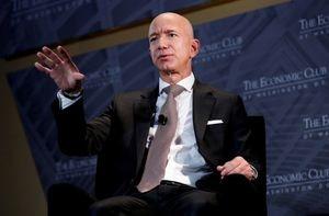 Jeff Bezos, las seis palabras que constituyen una gran verdad que nadie aprende y un consejo final como CEO de Amazon