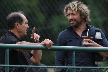 Diego Lugano en la actualidad con su mate del San Pablo, donde es parte de la directiva