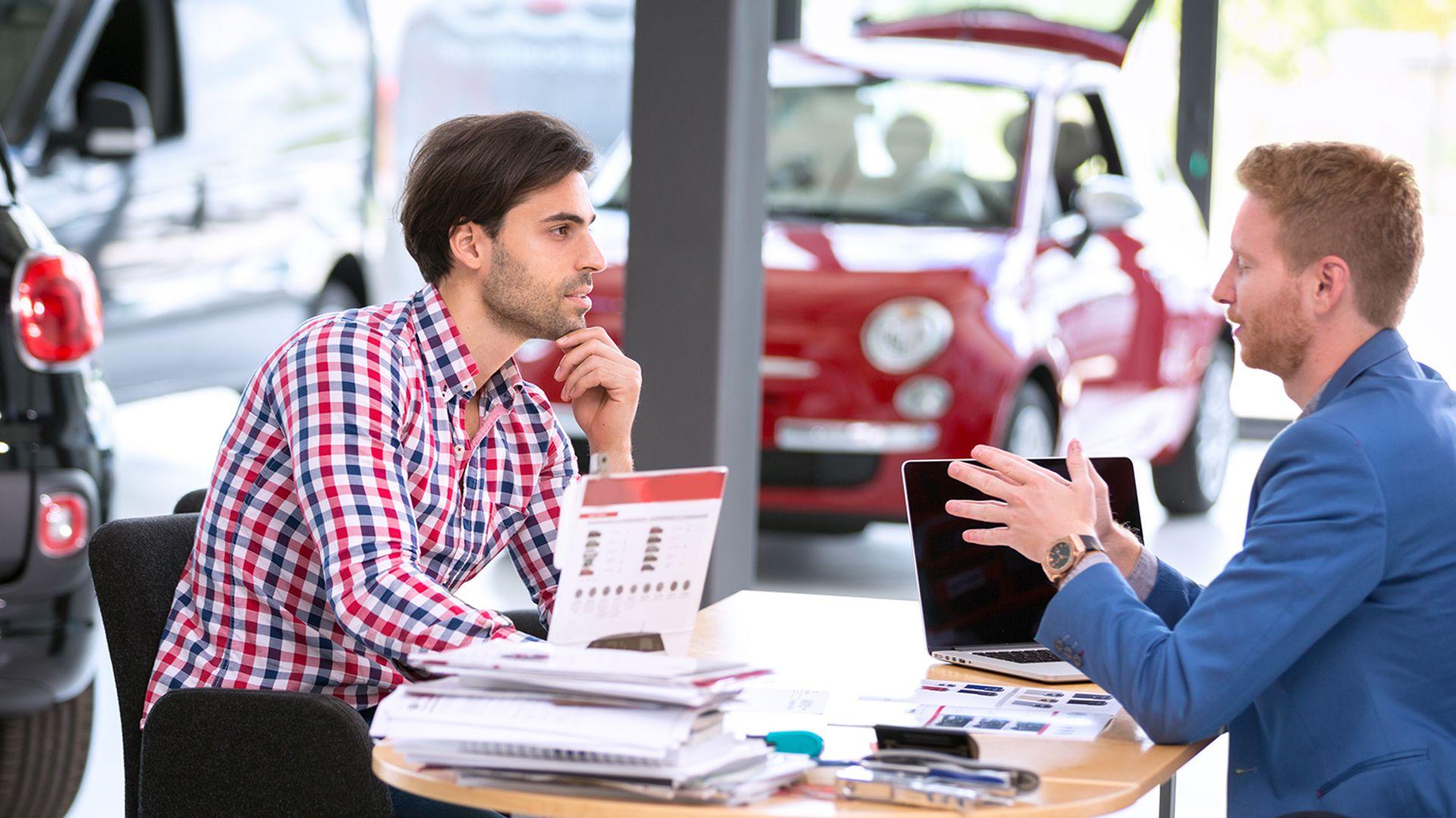 Las concesionarias aseguran que se duplicaron las consultas de los clientes (IStock)
