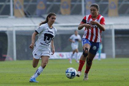 Cuando Santillán salió del terreno de juego, el partido ya estaba 2-0 a favor de las locales (Foto: Liga MX Femenil)