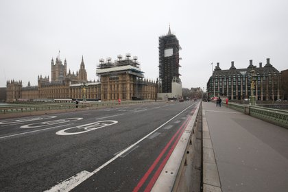 19 March 2020, England, London: The Westminster Bridge is seen empty amid the coronavirus global outbreak. Photo: Jonathan Brady/PA Wire/dpa