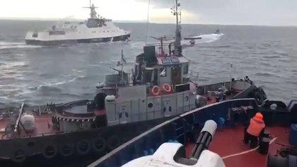 El momento de la colisión en el estrecho de Kerch