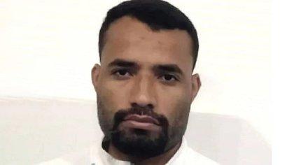 Luis Zapata fue detenido cuando se presentó a reclamar que se investigara los asesinatos de los dirigentes del PCV. Fue liberado horas después