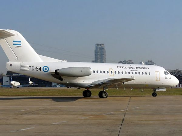 El Fokker F28 de la Fuerza Aérea Argentina utilizado para trasportar insumos sanitarios durante la pandemia del COVID-19 y que está por cumplir su vida útil. 162