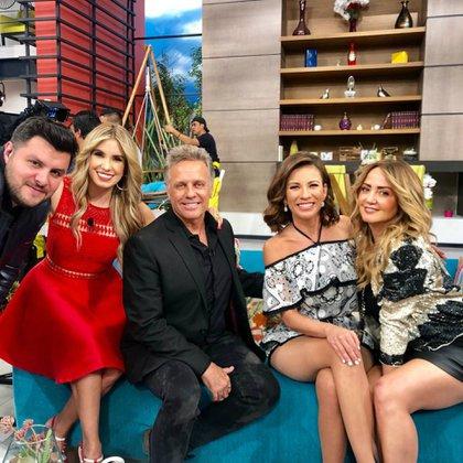 """Ingrid dijo estar contenta de haberse encontrado con amigos en el programa """"Hoy""""  (Instagram: ingridcoronadomx)"""