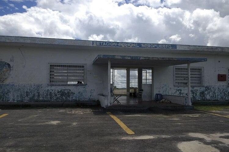 De Minerven al BCV: Del aeropuerto de Guasipati sale mensualmente una aeronave que lleva el oro extraído en las minas de Bolívar a la pista de Maiquetía. Fotos: Lorena Meléndez
