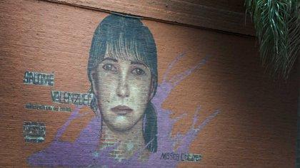 """""""Las miradas de esos dibujos interpelan: parece que pidieran que los buscaran"""", dice la presidenta de Missing Children. Foto: Fernando Calzada."""