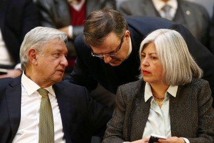 El mandatario mexicano estará acompañado por Ebrard y por Márquez, secretarios de Relaciones Exteriores y Economía, respectivamente. (Foto: Edgard Garrido/Reuters)