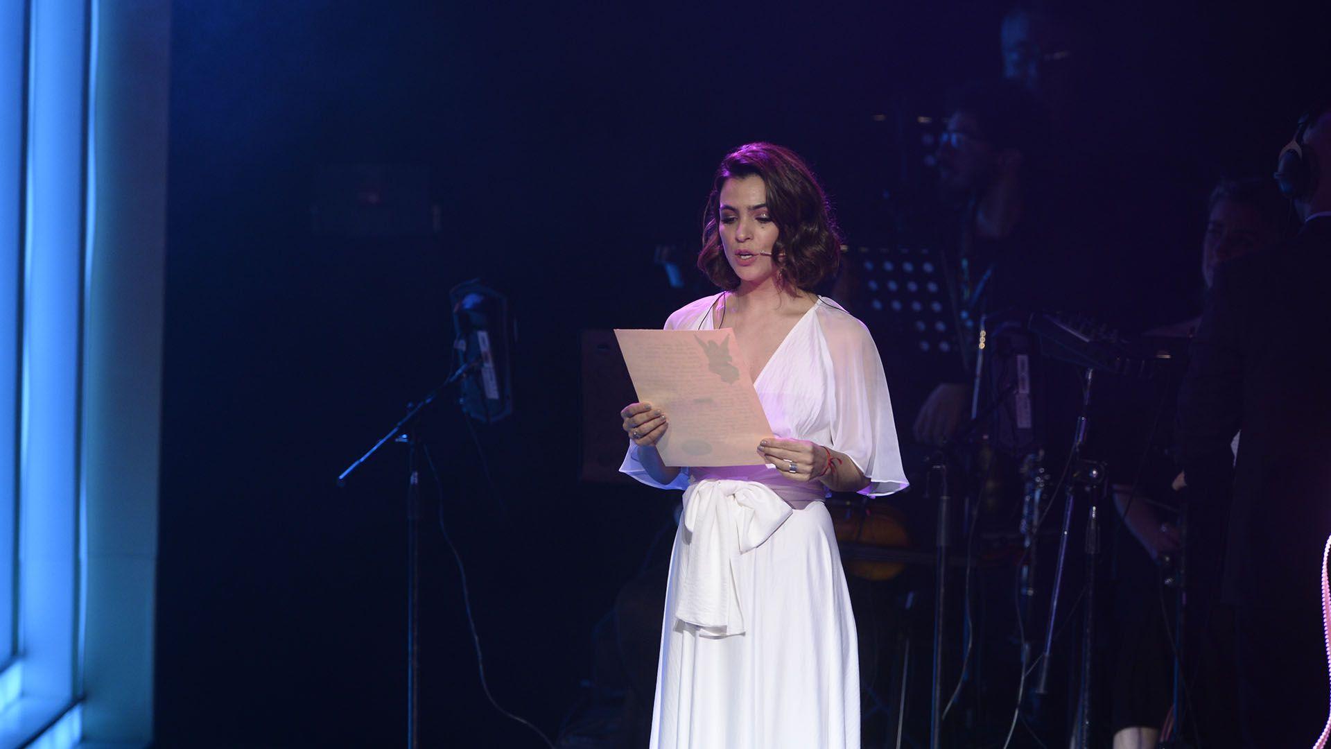 Agustina Cherri participó del homenaje a Romina Yan