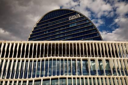 Torres Vila sostuvo que harán todo lo posible para proteger el empleo de los que trabajan en BBVA (REUTERS/Juan Medina)