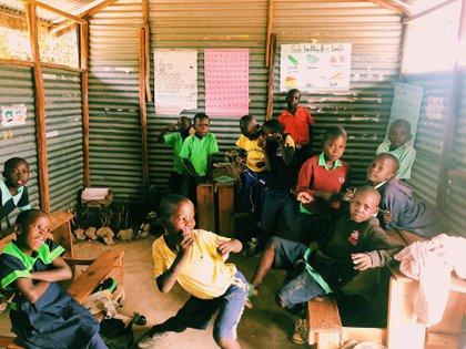 El último día de clases en la escuela de la comunidad que cerró por la pandemia.