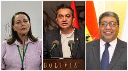 La ministra interina de Salud de Bolivia, Eidy Roca y los ministros transitorios de la Presidencia y Minería y Metalurgia, Yerko Núñez y Jorge Fernando Oropeza