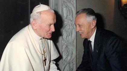 Junto a Juan Pablo II (Fondation Jérôme Lejeune)
