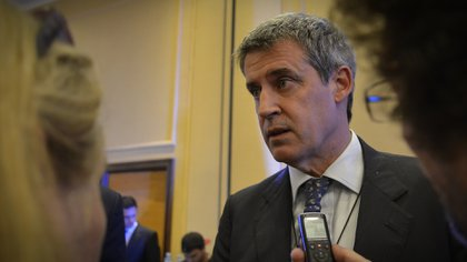 """""""Espero que después de esta turbulencia cambiaria que hemos tenido el Gobierno entienda que necesita no descuidar el tipo de cambio real"""", dijo Alfonso Prat-Gay (Gustavo Gavotti)"""