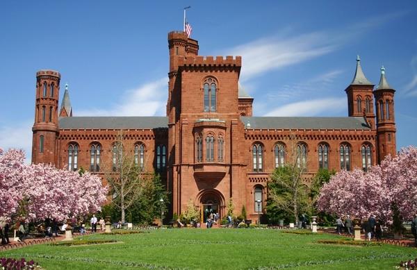 Primer edificio del Instituto Smithsoniano