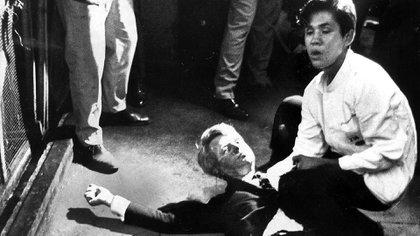 BFK fue asesinado el mismo día en que gana la decisiva contienda en el estado de California y en la cocina del hotel donde celebraba la victoria