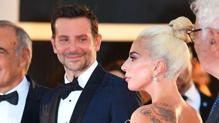 Bradley Cooper y Lady Gaga (Grosby Group)