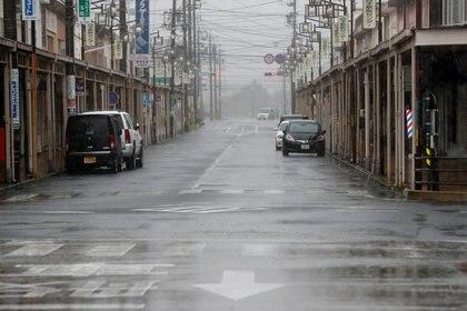 Una carretera vacía que conduce a Shiroko, Suzuka, Japón, el 12 de octubre de 2019. REUTERS/Soe Zeya Tun