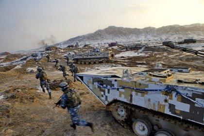 Ejercicios militares del ejército chino (Reuters)