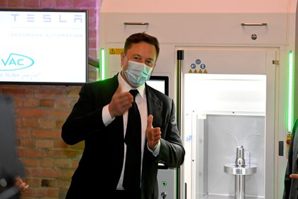 Elon Musk instó a los empleados a fabricar y vender la mayor cantidad de automóviles eléctricos posible antes del 30 de septiembre. REUTERS