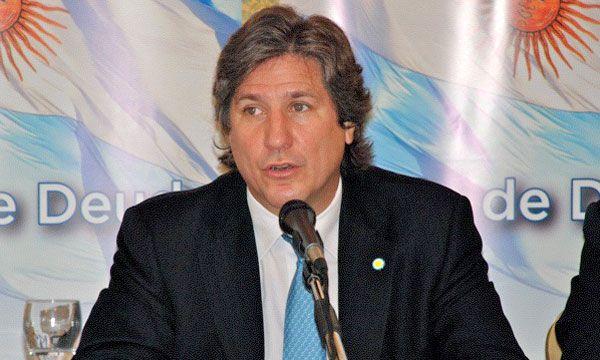 Amado Boudou, en Roma, durante una escala para promocionar el canje de deuda de 2010
