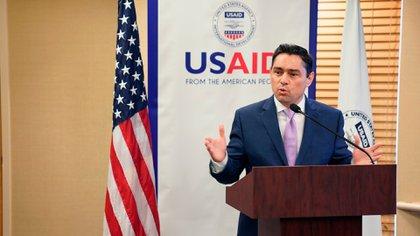 FOTO DE ARCHIVO: El embajador venezolano Carlos Vecchio