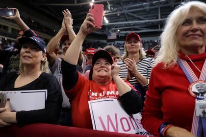 Simpatizantes de Trump durante un mitín en Manchester, New Hampshire (REUTERS/Jonathan Ernst)