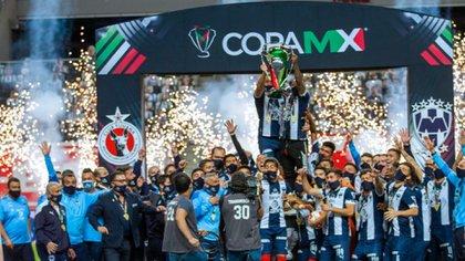 Mohamed regresó a Monterrey en 2019 y desde entonces ha conseguido el título de Liga del Apertura 2019, el tercer lugar en el Mundial de Clubes y la Copa MX (Foto: Twitter @Rayados)