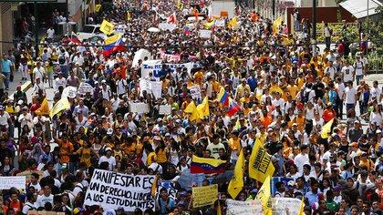 """Para Cabello, las protestas en Venezuela, que en algunas ocasiones superaron el millón de personas, no representaron al """"pueblo"""" (Reuters)"""