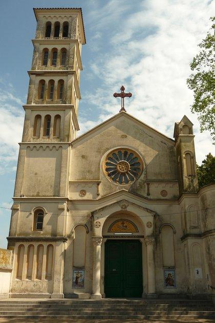 Frente de la iglesia de San Francisco de Asís, donde se casaron Perón y Evita.
