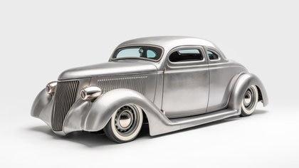 Este Ford está construido en acero inoxidable y ese es su color. (Museo Petersen)