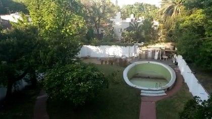 El jardín de la casa donde Perón e Isabelita vivieron en 1972