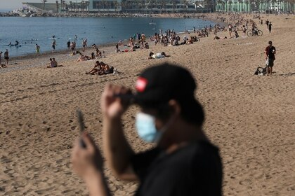 La playa en Barcelona, en el avance del desconfinamiento (Reuters)