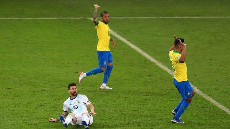 Messi fue seguido de cerca por Casemiro. A pesar de la marca personal, tuvo momentos de muy buen fútbol REUTERS/Pilar Olivares