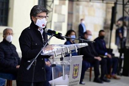 Foto de archivo. La alcaldesa de Bogotá, Claudia López, habla en un acto de reconciliación tras las violentas protestas que dejaron 10 muertos y cientos de heridos en Bogotá, Colombia, 13 de septiembre, 2020. Cortesía Alcaldía de Bogotá vía REUTERS