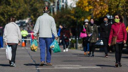 La ciudad de Mar del Plata, por ejemplo, continuará en fase 4 a pesar de la suba de los contagios. Es uno de las zonas que deberá volver atrás y prohibir los encuentros sociales (Christian Heit)